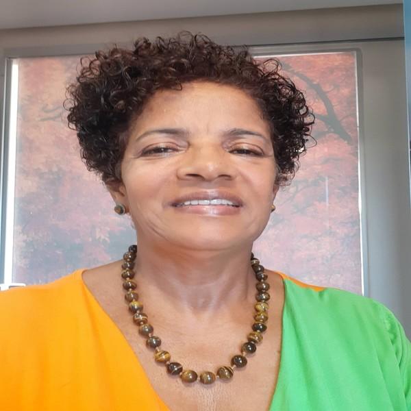 Edna Maria de Araújo