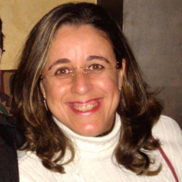 Valéria Souza Freitas