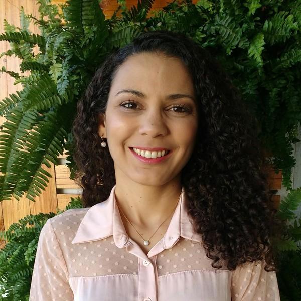 Tatiane de Oliveira Silva Alencar